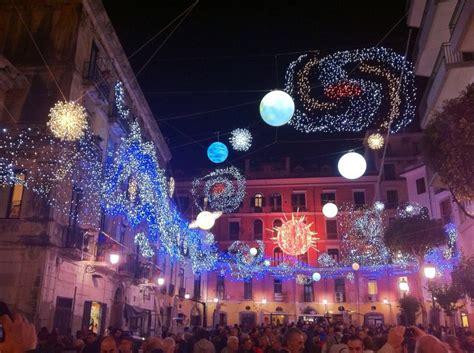 illuminazione natalizia salerno d artista di salerno viaggia in cania