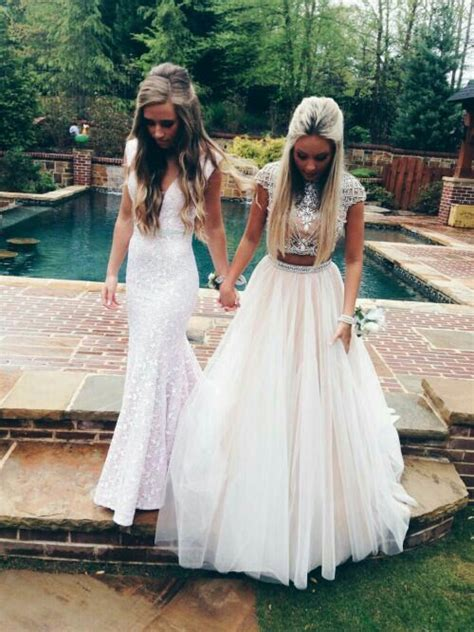 Best friend prom picture   Prom   Pinterest   Kläder and