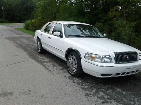 buy car manuals 2008 mercury grand marquis free book repair manuals buy used 2008 mercury grand marquis gs w upgraded leather landau roof in geneseo new york