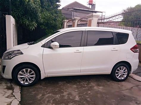 Suzuki Ertiga 2012 jual suzuki ertiga gl manual th 2012 pemilik pertama