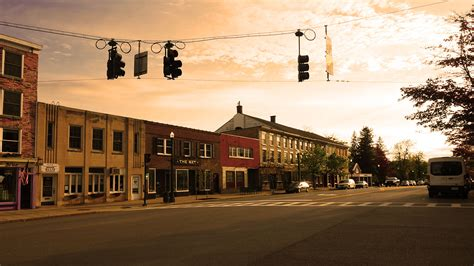 100 most popular small towns to relocate 2017 movebuddha