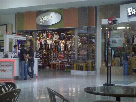 journeys shoes shoe shops cerritos ca united states