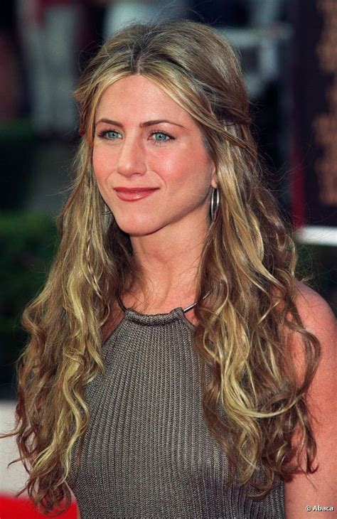 pin by jennifer farms on hair strictly pinterest jennifer aniston had grown her hair long by 12 march 2000