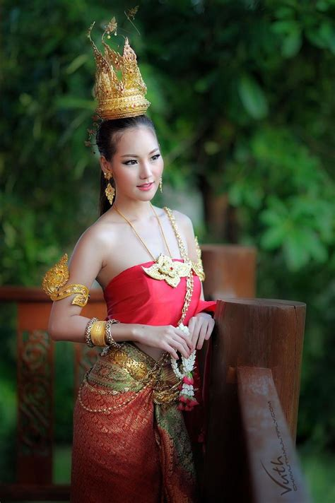 Dm Gv Dress Helena Helena thai and thai traditional dress inspirations f 252 r me