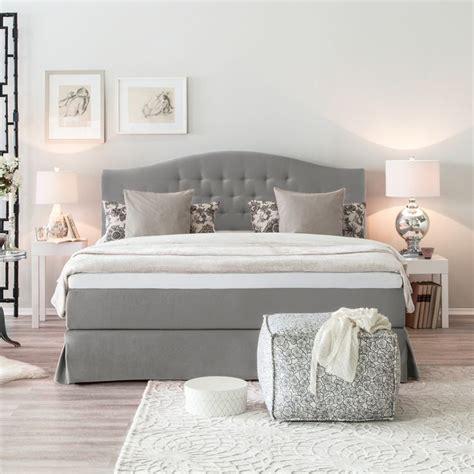 graues schlafzimmerdekor schlafzimmer graues bett sourcecrave