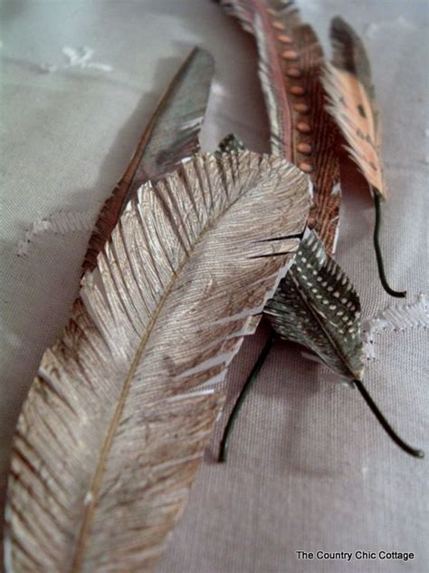 Make Paper Feathers - paper ephemera feathers aleenesrocks ilovetocreate