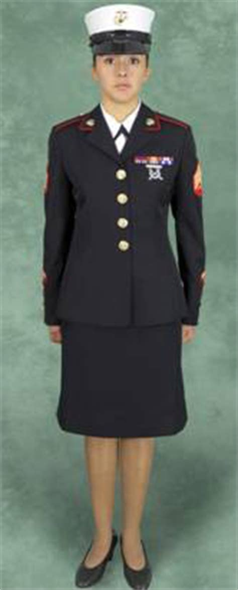 womens hair style in uniform us arm service obama wants marines to wear girly hats new york post