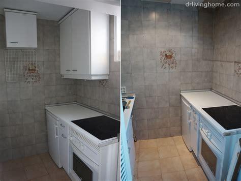 quitar cenefas de la pared renovar la cocina sin obras ii c 243 mo tapar azulejos paso a