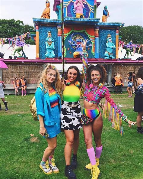 lovebox festival outfits ideas  pinterest