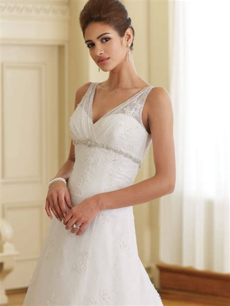 How to Choose Popular Short Wedding Dresses