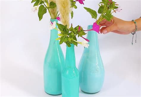 floreros con botellas de plastico c 243 mo hacer floreros con botellas bricolaje10