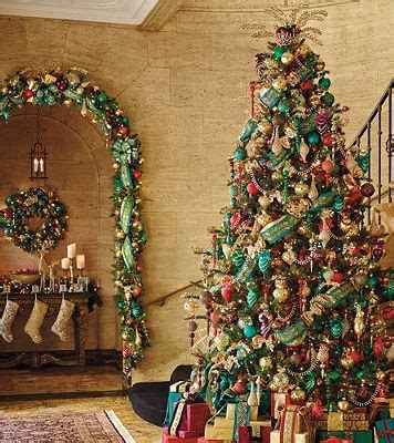 christmas themes with tone 256 best images about christmas trees on pinterest