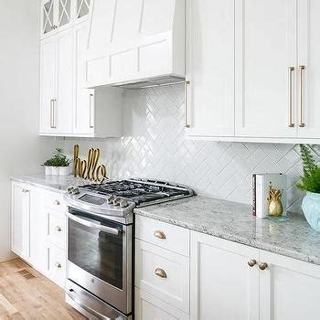 white shaker cabinets gold pulls design ideas white shaker cabinets gold pulls design ideas