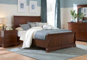 sleigh bedroom set broyhill rhone manor sleigh bedroom set