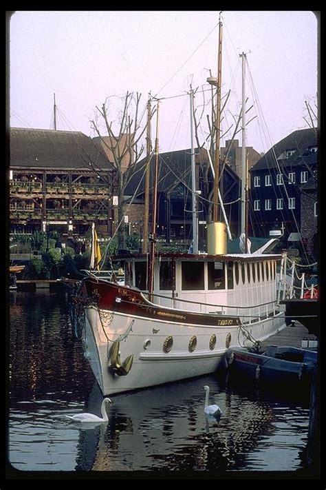 swan boats london london