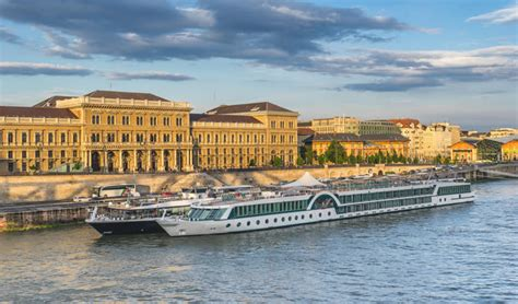 pier in french bordeaux hotels near river cruise port terminal