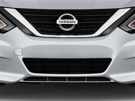 nissan altima coupe 2017 4 door image 2016 nissan altima 4 door sedan i4 2 5 s grille