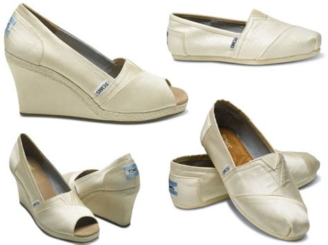 casual and chic ivory toms wedding shoes wedge peep toes