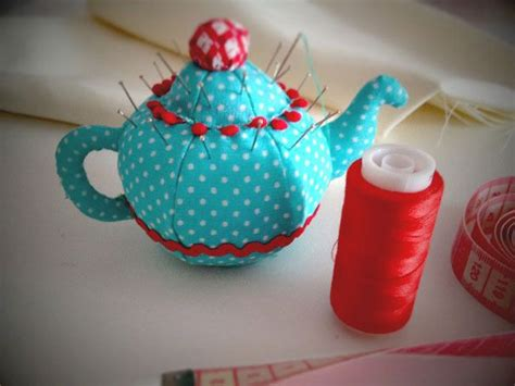 japanese pincushion pattern teapot pincushion pincushions pinterest pique