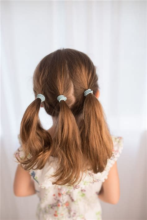 Easy Up Hairstyles For Hair by Easy Hairstyles For That You Can Create In Minutes