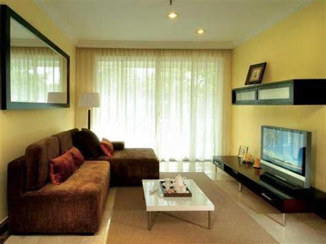 Sofa Warna Coklat inspirasi interior dan eksterior rumah gradasi warna