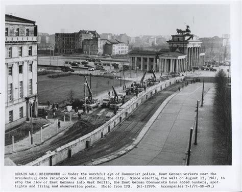 Iron Curtain Political Cartoons Berlin Wall