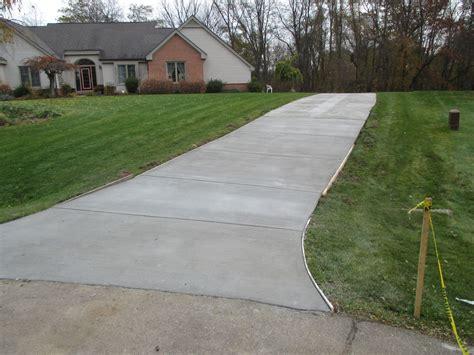 concrete driveways michigan concrete driveway contractors