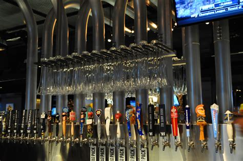 yard house gulfstream beer the tap room yard house rachael edwards