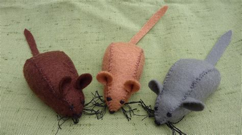 pattern for felt rat am bothan felt mice and other animals