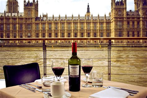thames river cruise lunch henley thames lunch cruise for two london experiences