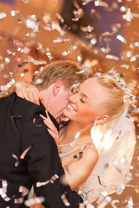 Candid wedding pictures   ..The 50 Most Popular