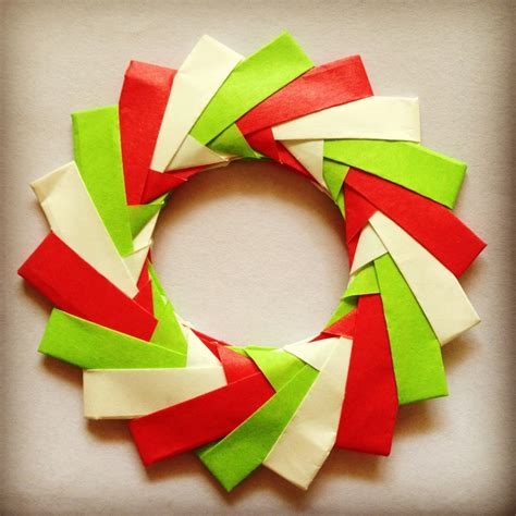 How To Make A Origami Wreath - origami wreath ornaments comot