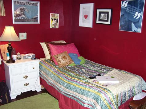 in the bedroom wiki file red bedroom jpg