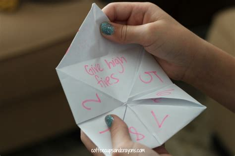 how to make kindess cootie catchers coffee cups and crayons