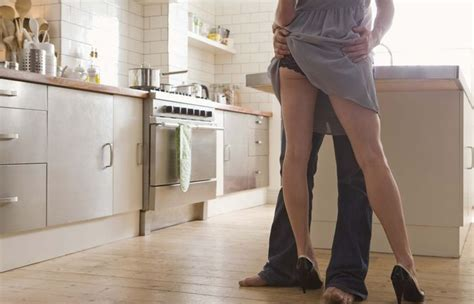 sexe en cuisine posiciones para alcanzar orgasmos intensos lpp