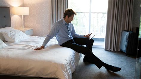 book hotel room how to book a hotel room for less than a day