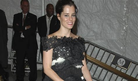 parker posey contact parker posey feet happy feet