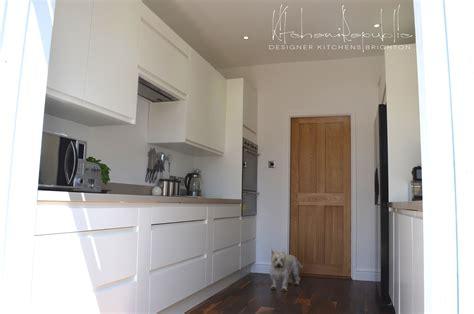 simple clean matt white kitchen kitchen republic