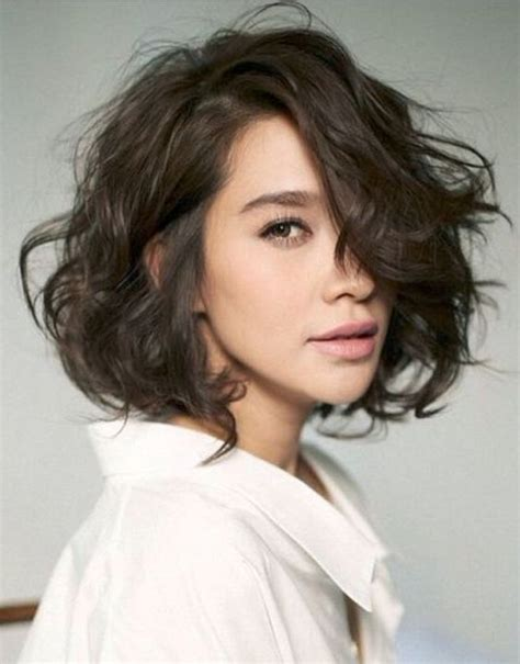 short coiffed hairstyles female executive les 25 meilleures id 233 es de la cat 233 gorie chatain fonce sur