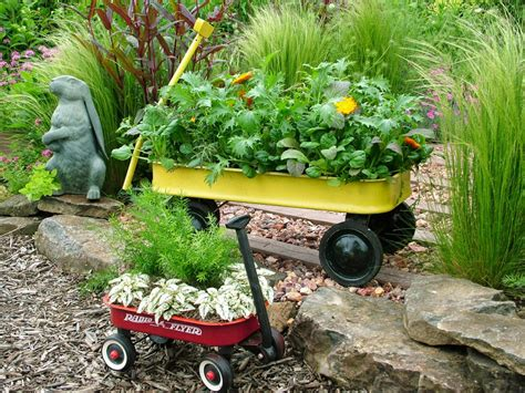 Planter Gardening by Stunning Low Budget Container Gardens Landscaping Ideas