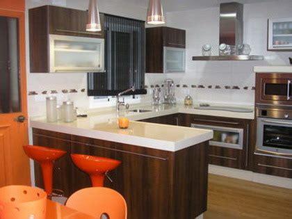 barras  islas  la cocina