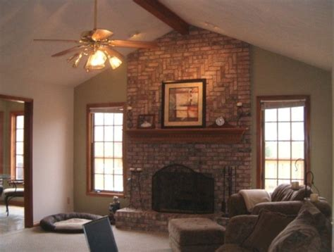 how to decorate living room with fireplace