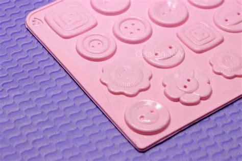 Cetakan Silikon Coklat cetakan silikon coklat kancing 16 cav cetakan jelly cetakan jelly
