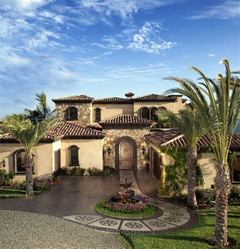 mediterranean homes best 25 mediterranean house exterior ideas on