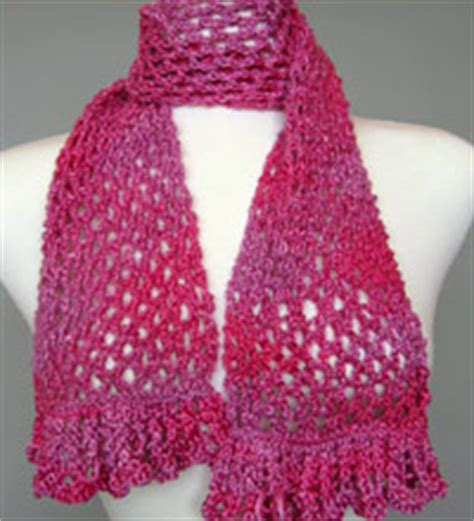 Scarf H19 artyarns knitting patterns triangle tank