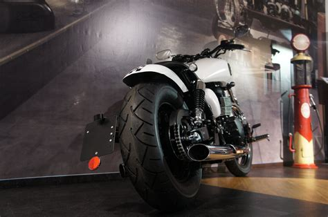 Motorradvermietung Passau by Umgebautes Motorrad Triumph Speedmaster