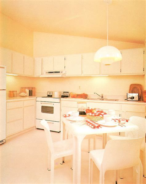 The '80s Kitchen   Mirror80
