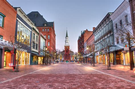 small towns in the us the 30 most architecturally impressive small towns in america