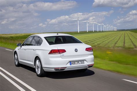 new volkswagen sedan vw passat gte sedan and estate get new photo gallery