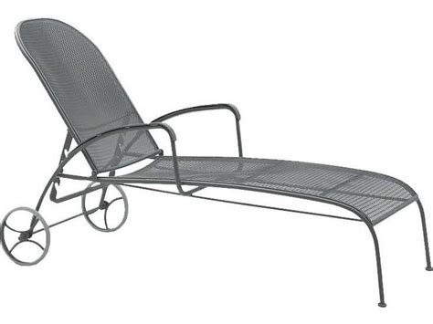 Wrought Iron Chaise Lounge Woodard Valencia Wrought Iron Adjustable Chaise Lounge 310070